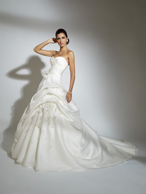 19855_jacqueline-exclusive-2011-wedding-dress.full