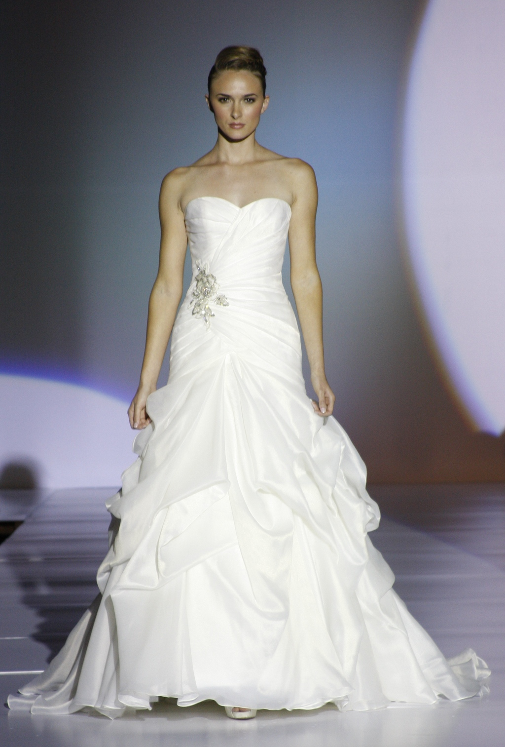 Blue-by-enzoani-spring-2011-wedding-dresses-delhi-strapless-sweetheart-white-high-bustled-skirt-beaded-applique.full