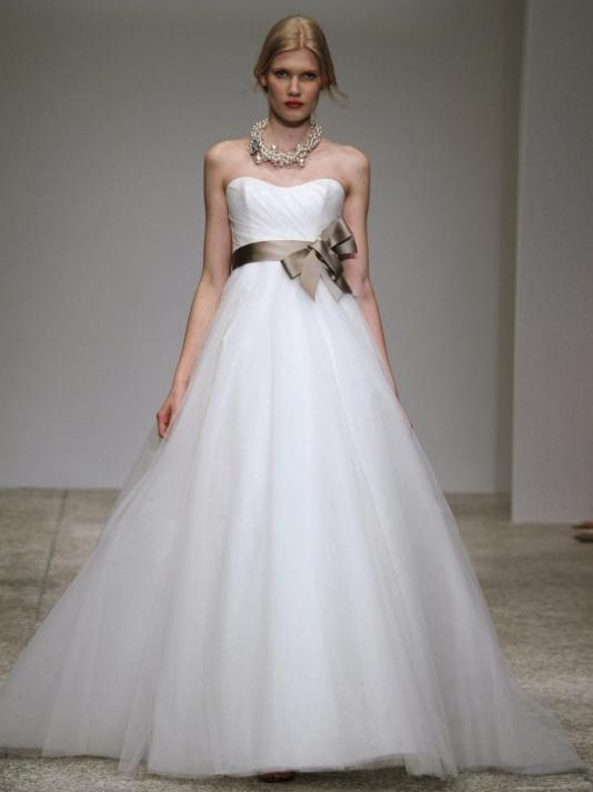 Amsale-sabrina-spring-2011-wedding-dress-full-a-line-tulle-silhouette-strapless-mocha-satin-belt.full