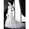 H1140-valerie-couture-2011-wedding-dress-sweetheart-neckline.square