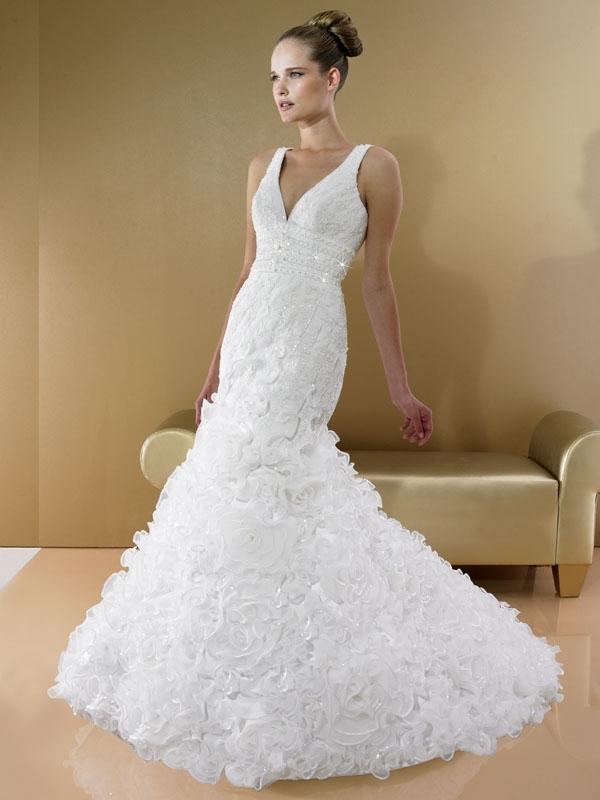 D7991-moonlight-bridal-2011-white-wedding-dress-v-neck-ruffled-mermaid-silhouette.full