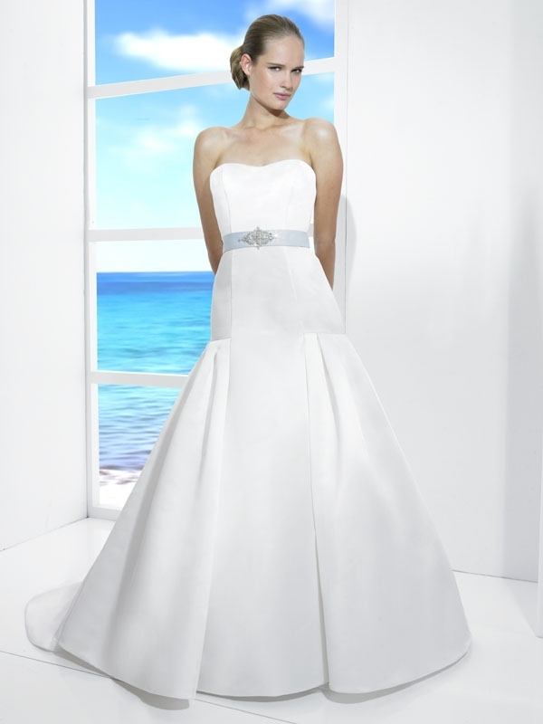 T476-white-classic-spring-2011-wedding-dress-strapless-drop-waist-a-line-satin-ice-blue-bridal-belt.full