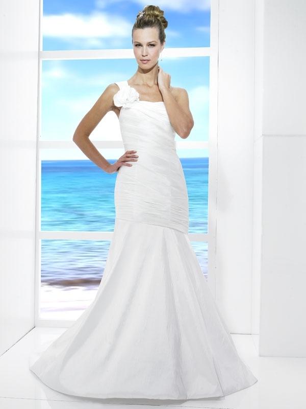 T471-spring-2011-tango-wedding-dress-white-a-line-one-shoulder-floral-applique.full