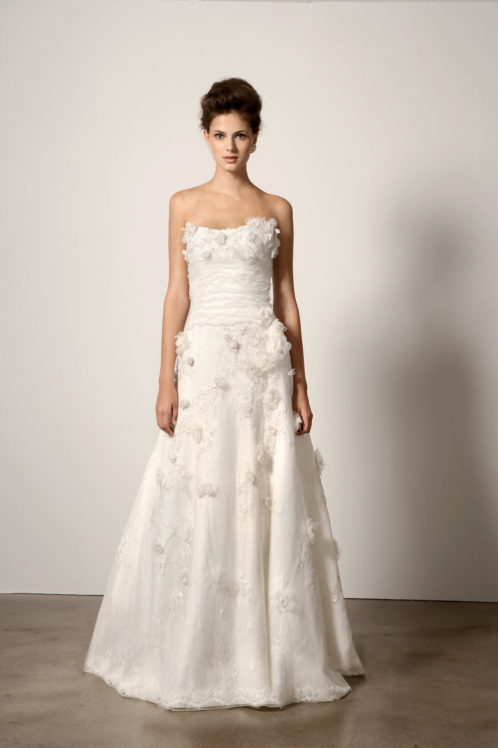 217-2011-wedding-dress-ines-di-santo.full