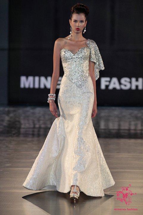 Alberto-rodriguez-spring-2011-wedding-dress-5.full