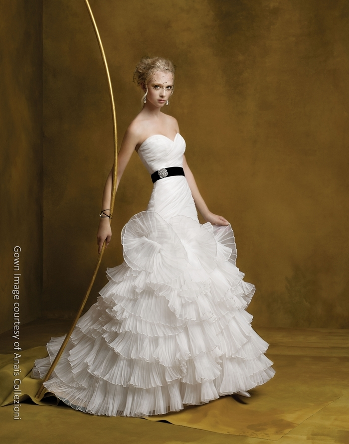 An125-white-sweetheart-drop-wasit-wedding-dress-black-sash.full