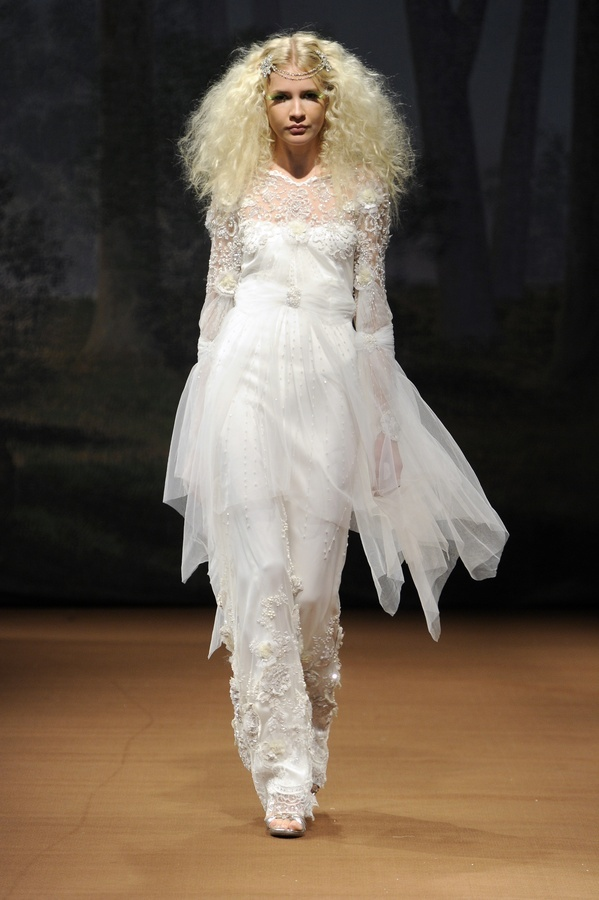 Arwen-2011-wedding-dress-claire-pettibone-lace-sheer-top.full
