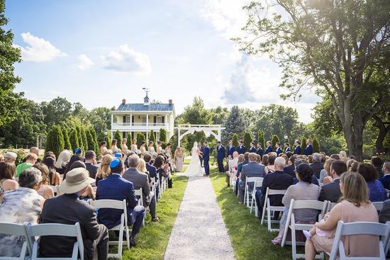 Gorgeous Wedding Ceremonies: Gorgeous Garden Wedding Ceremony