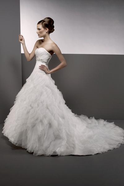 Bellissima-bridal-2011-wedding-dress-blanca-white-strapless-a-line-wedding-dress.full