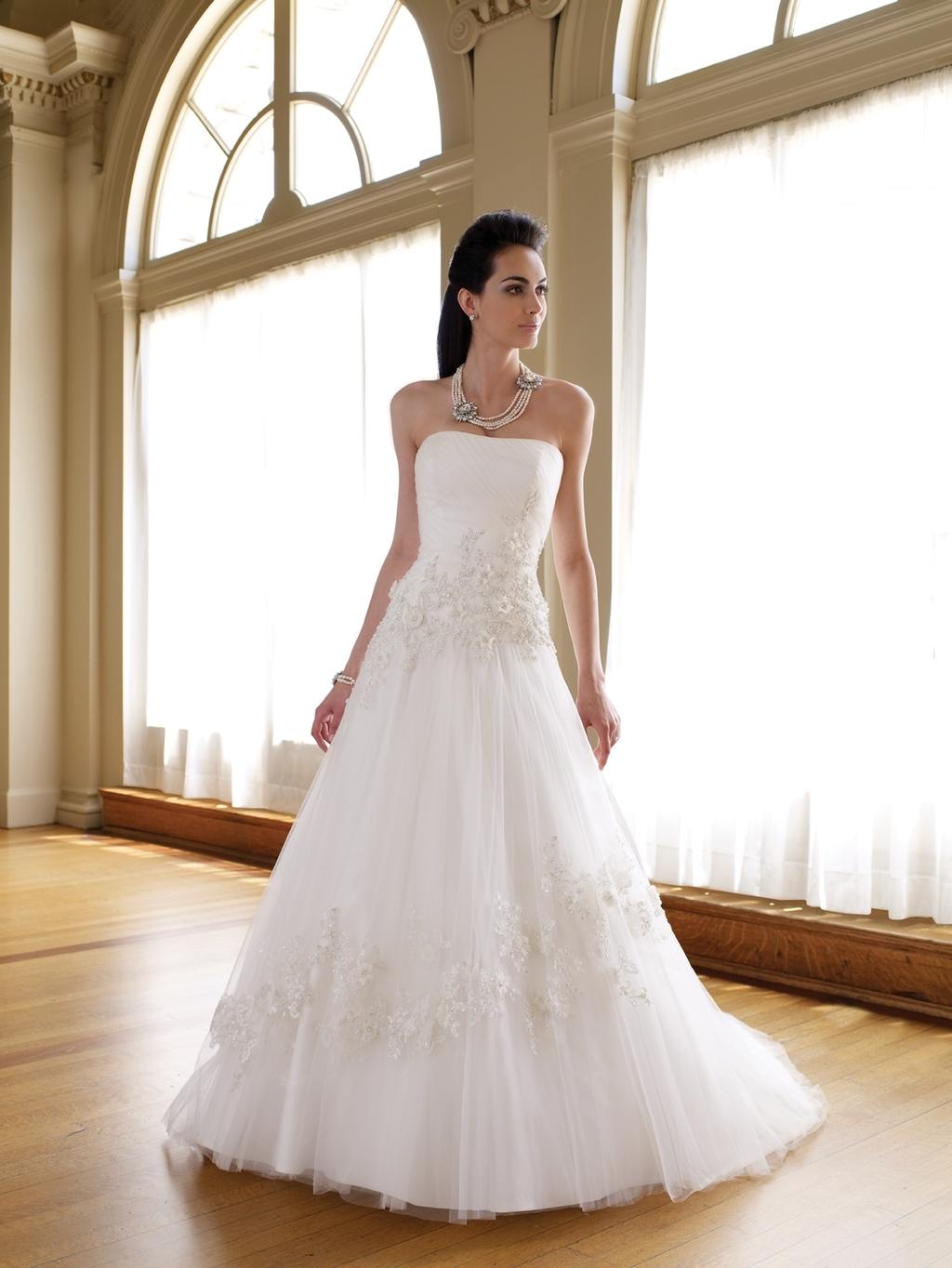 111210-spring-2011-wedding-dress-mon-cheri-strapless-a-line.full