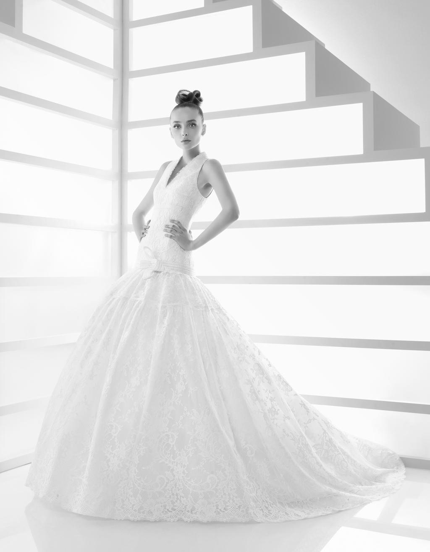 108-edita-2011-wedding-dress-rosa-clara-high-neck-drop-waist-ballgown.full