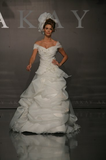 1003-akay-maison-couture-2011-wedding-dress-off-the-shoulder.full