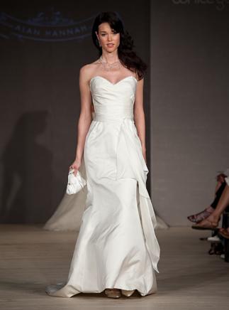 2011-wedding-dress-alan-hannah-white-gallery-4.full