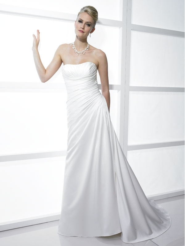 J6160-white-classic-strapless-a-line-wedding-dress-2011-stephanie-couture.full
