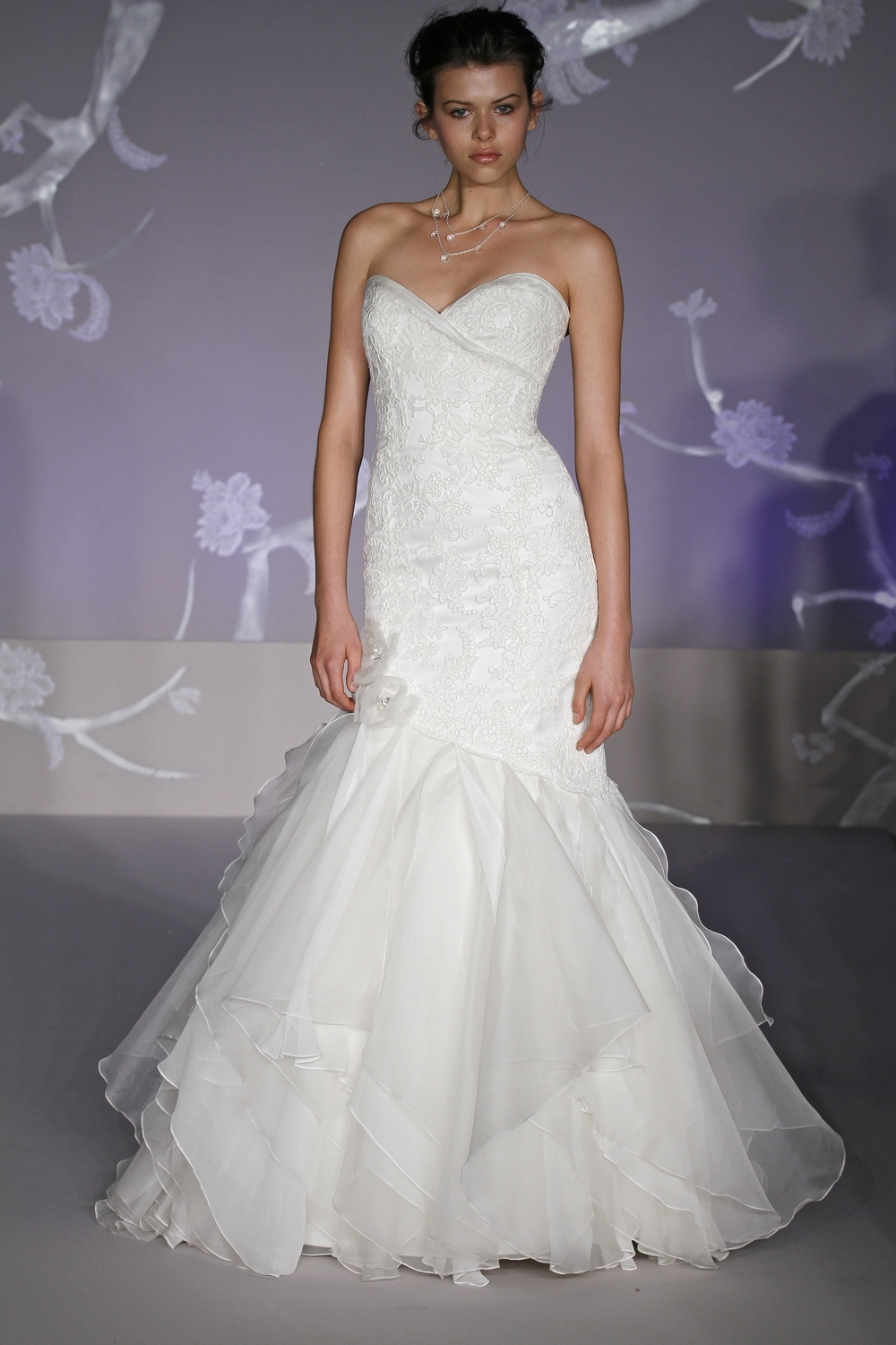 9100-alvina-valenta-spring-2011-wedding-dress-a-line-front.full