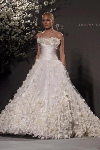Rk232-ivory-strapless-ballgown-wedding-dress-spring-2011-romona-keveza.full