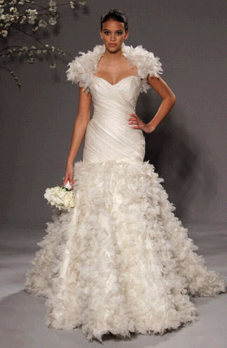 Rk230-romona-keveza-couture-wedding-dress-ivory-sweetheart-neckline-full-a-line-skirt-with-bolero.original
