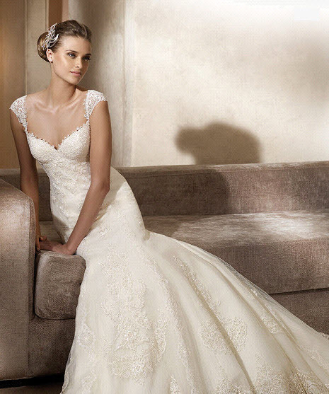 Adela-2011-wedding-dress-pronovias-romantic-ivory-lace-cap-sleeves.full