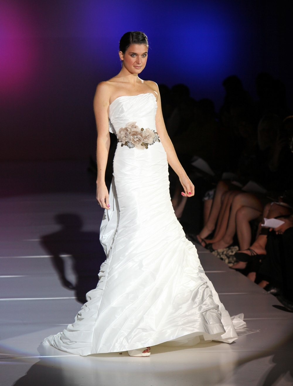 Enzoani-fern-spring-2011-wedding-dress-modified-mermaid-tiers-strapless-statement-bridal-belt.full