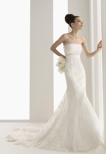 Aire-barcelona-nube-embroidered-lace-strapless-wedding-dress-jeweled-stones-under-bust.full