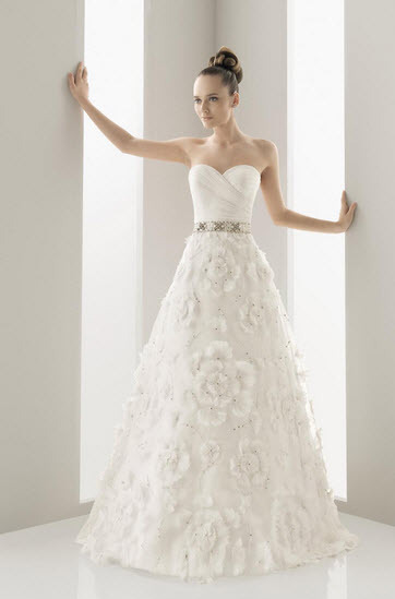 Aire-barcelona-naipe-embroidered-organza-wedding-dress-floral-applique-jeweled-belt.full