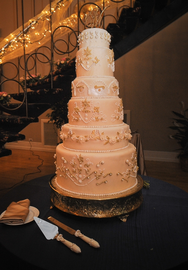 photo of Victoria Wedding Cake