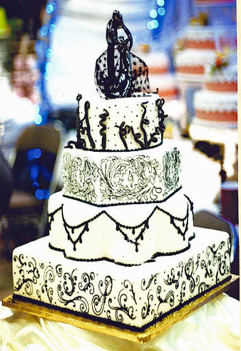 photo of Black Swirl Wedding Cake