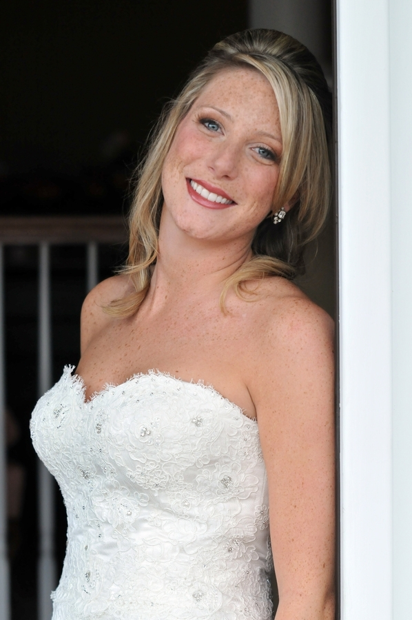 Bridal-hairstyle-casual-beach-wedding-side-bangs-half-up.full