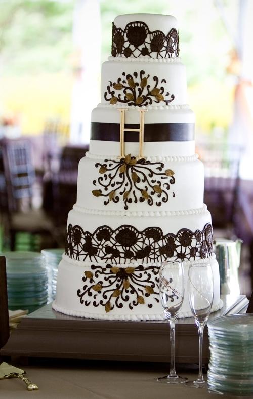 White-6-tier-wedding-cake-black-brown-design-damask-gold-monogram-detail.full