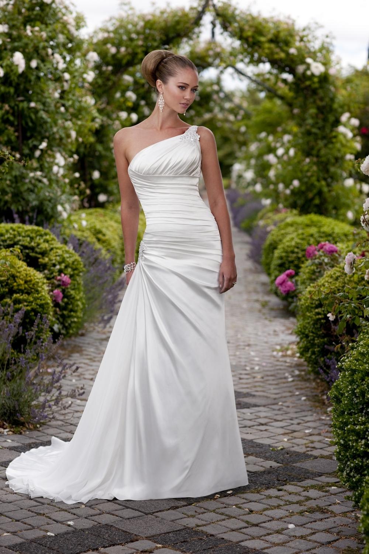 Essense-of-australia-wedding-dresses-2010-2011-d1113.full