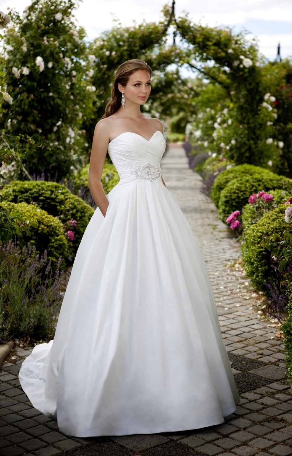 Essense of Australia Wedding Gowns – fashion dresses