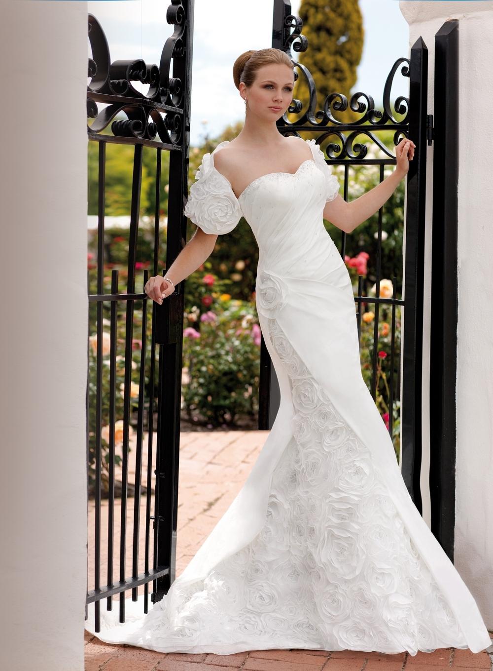 Petite Curvy Romantic Sweetheart Taffeta Tall Updo Wedding Dresses White Australia Essense Of