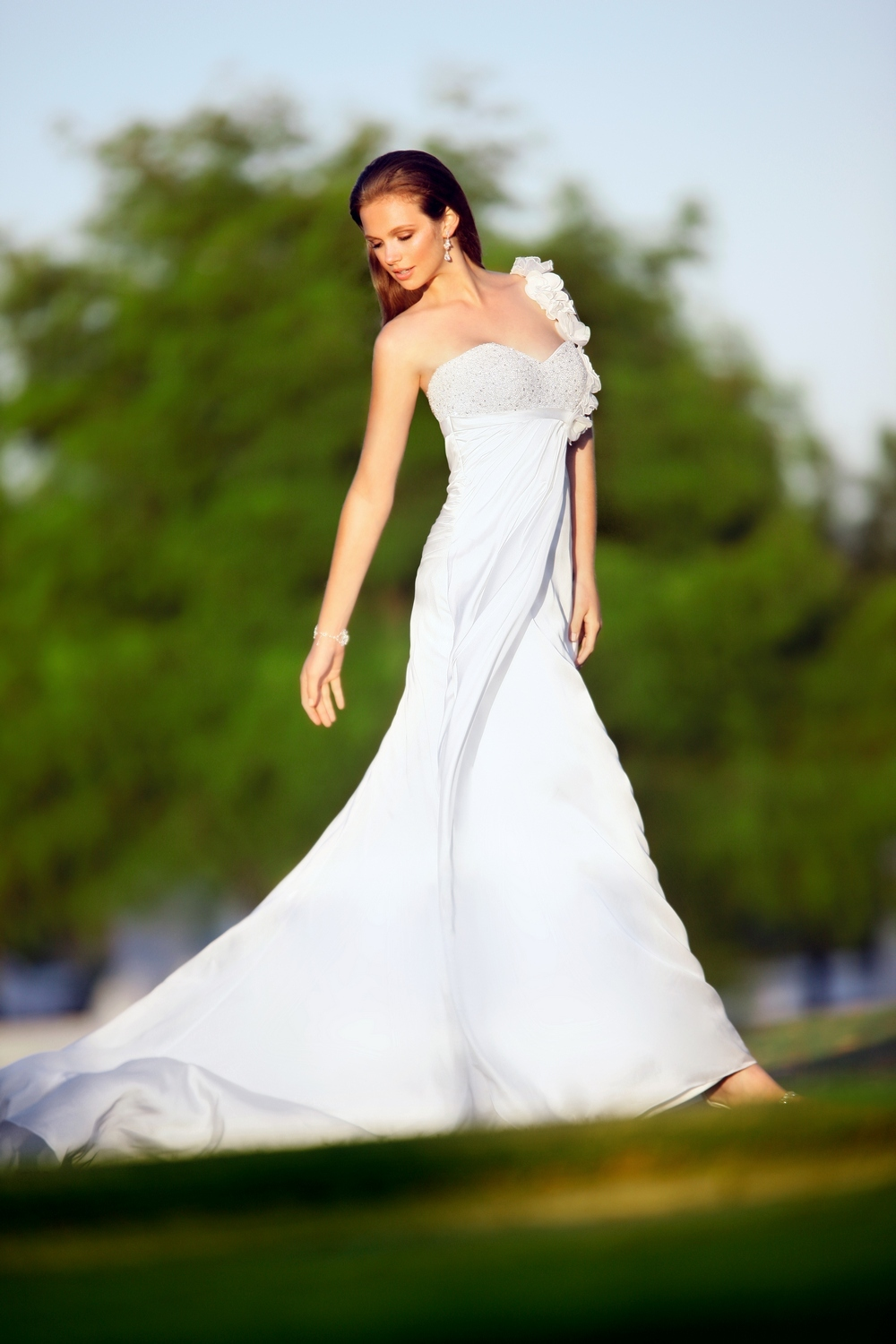 Essense-of-australia-wedding-dresses-2010-2011-d1080-4.full