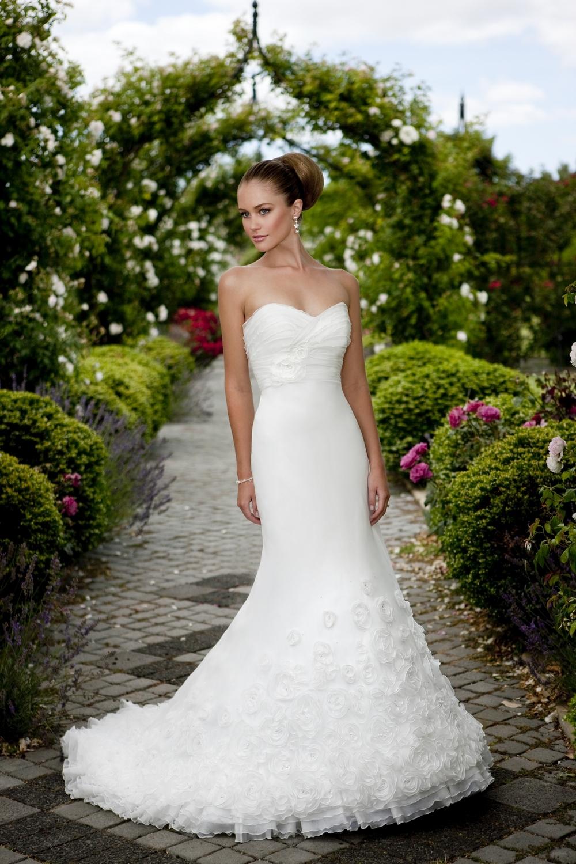 Essense-of-australia-wedding-dresses-2010-2011-d1073.full