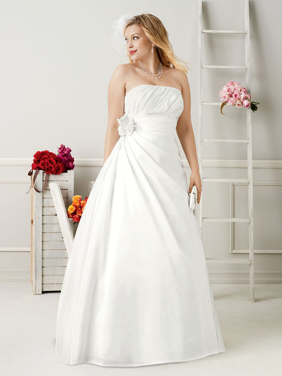 photo of David's Bridal Woman 9WG3045 Dress