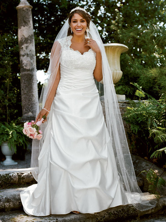 photo of David's Bridal Woman 9T3090 Dress
