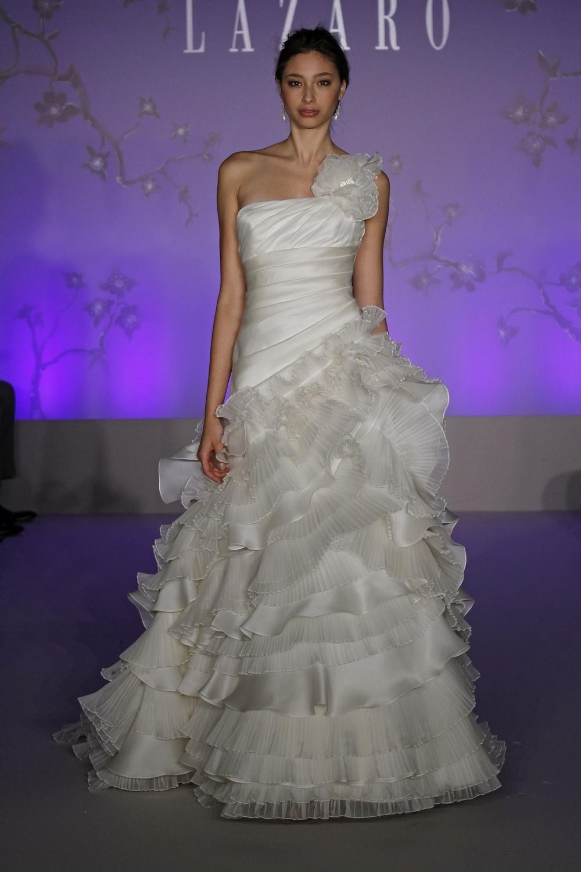 Lazaro-wedding-dress-fall-2010-3058.full