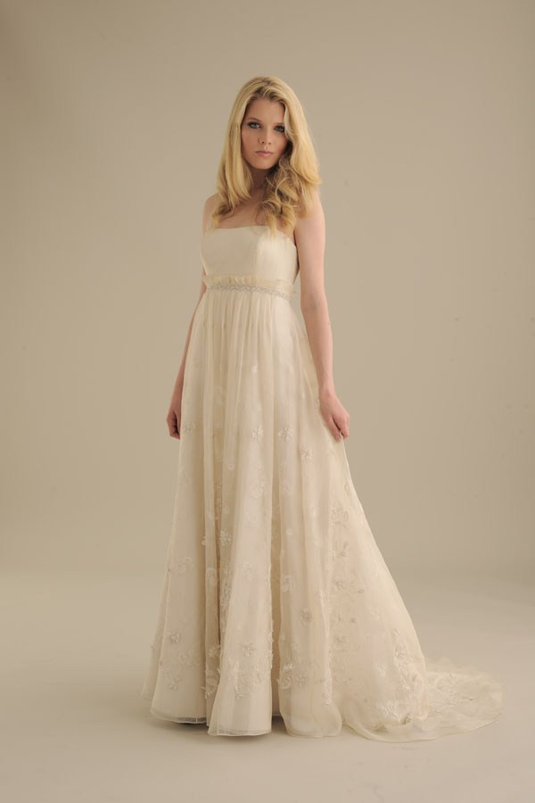 No-ordinary-bride-wedding-dress-838.full