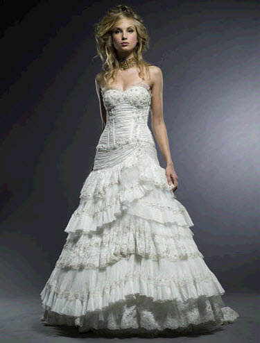 Michelle-roth-classic-sweetheart-wedding-dress-marina.full