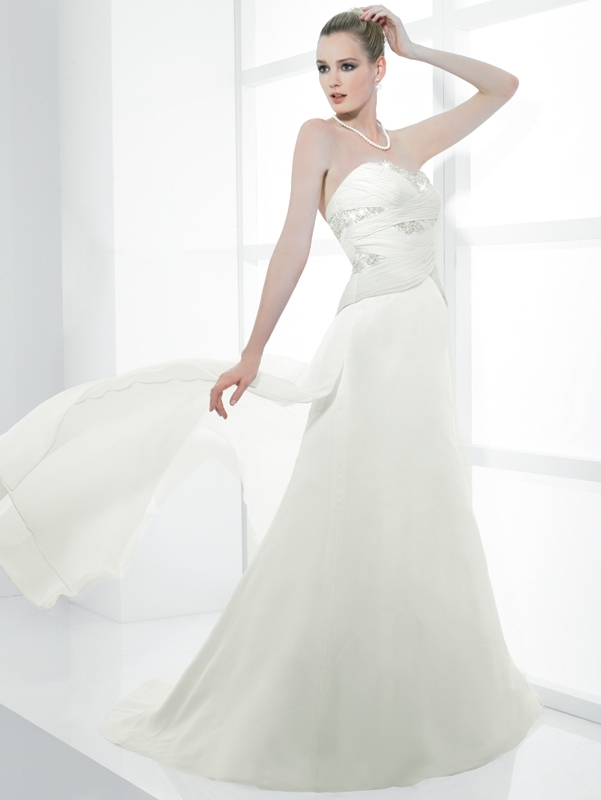 Simply-val-stefani-wedding-dress-s1983.full