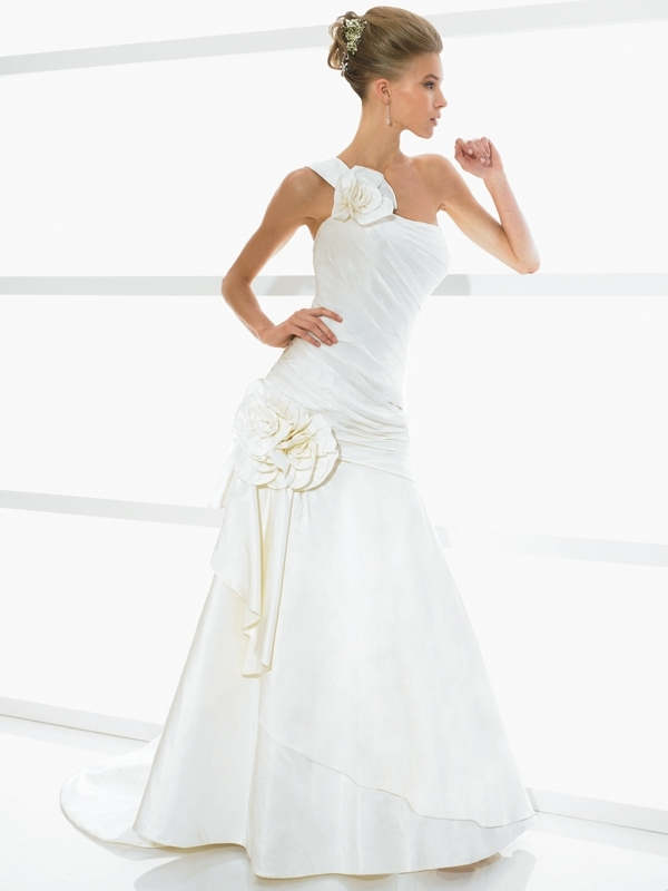 Simply-val-stefani-wedding-dress-s1975.full