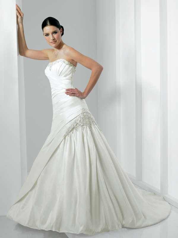 Moonlight-bridal-stephanie-collection-wedding-dresses-j6152.full