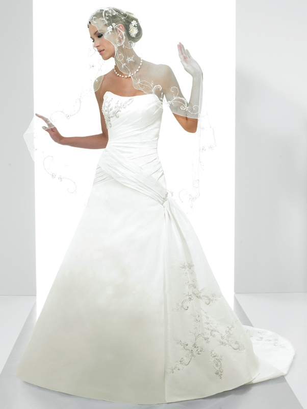 Moonlight-bridal-stephanie-collection-wedding-dresses-j6149.full