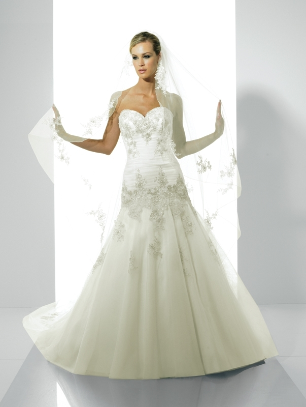 Moonlight-bridal-stephanie-collection-wedding-dresses-j6148.full