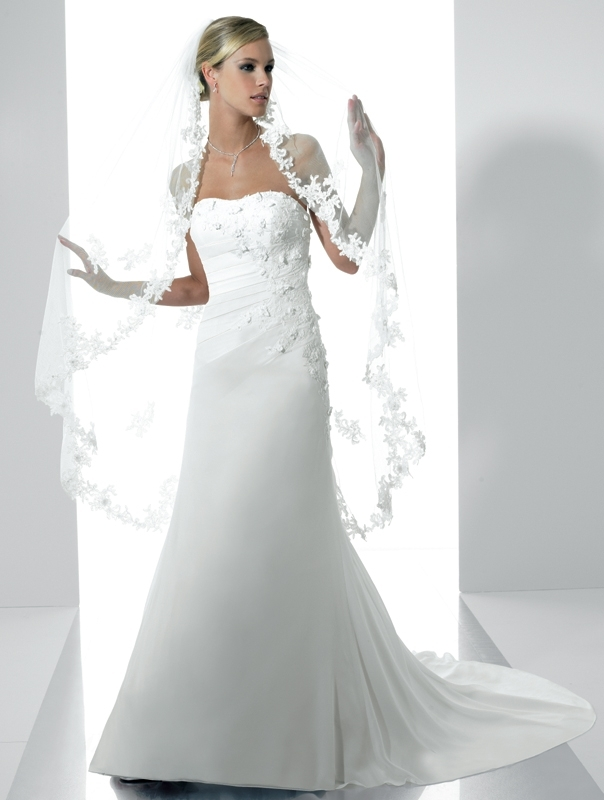 Moonlight-bridal-stephanie-collection-wedding-dresses-j6142.full
