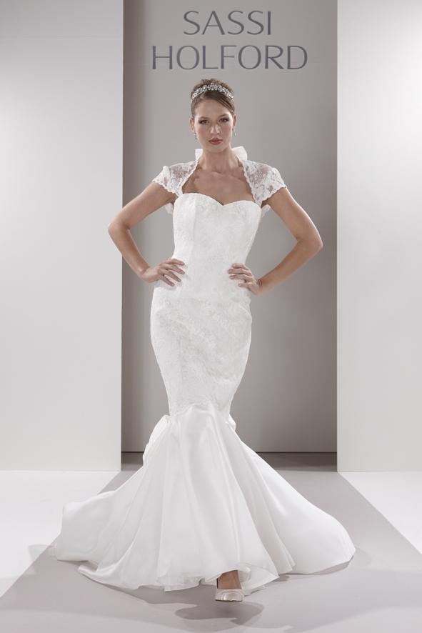 Sassi-holford-wedding-dress-scarlett.full