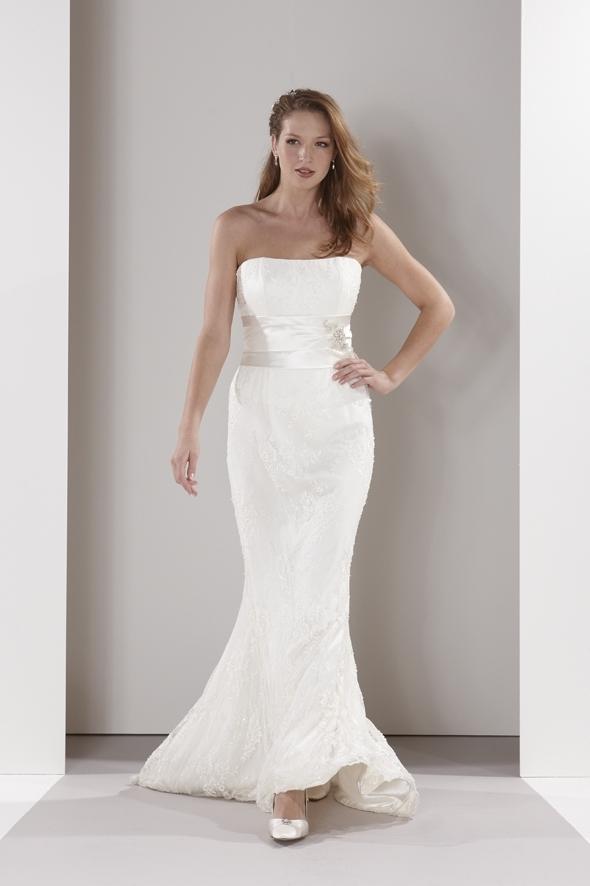 Sassi-holford-wedding-dress-elizabeth.full