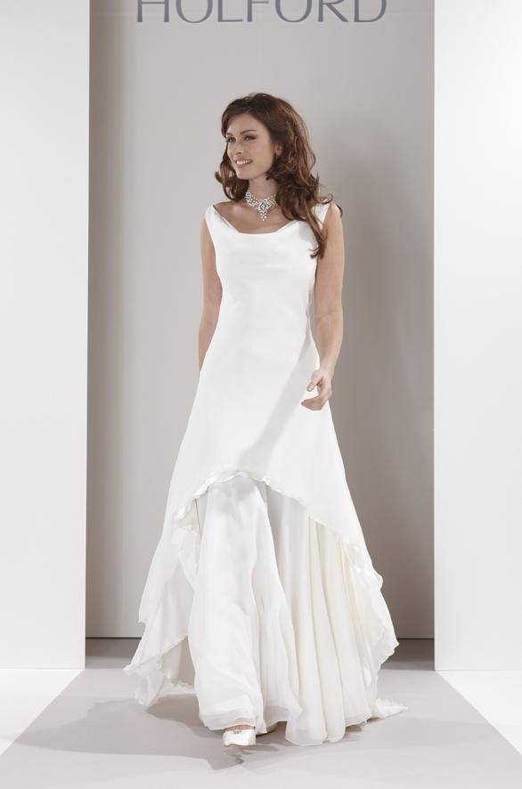Sassi-holford-wedding-dress-anya-long.full