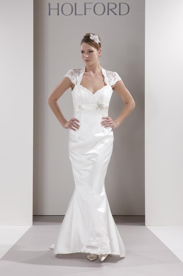 Sassi-holford-wedding-dress-veronica.full