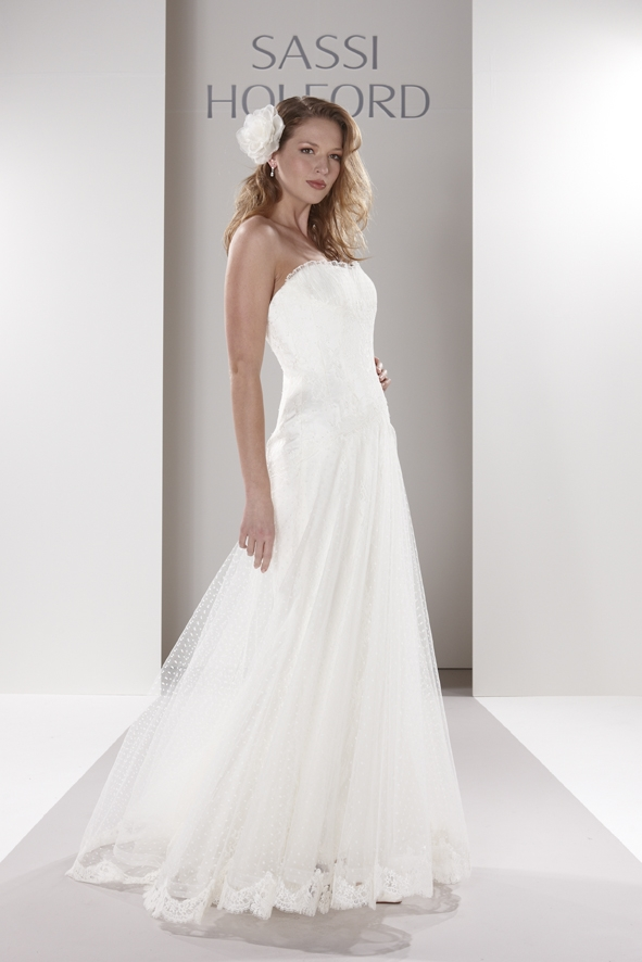 Sassi-holford-wedding-dress-cristina.original